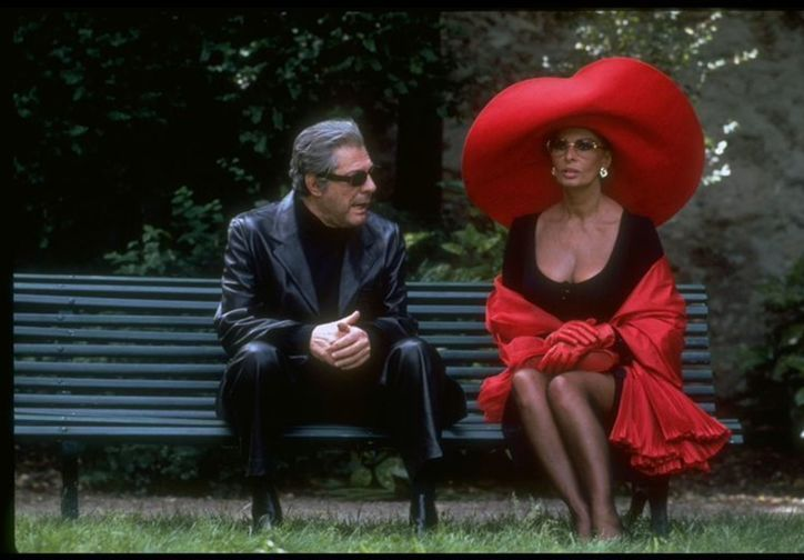 Prêt-à-Porter (Ready to Wear). 1994. Directed by Robert Altman.  Courtesy Miramax/Park Circus