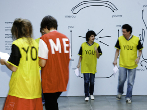 Ricardo Basbaum, me-you: choreographies, games and exercises, 2007. Performed at the Lisson Gallery, London. Courtesy of the artist