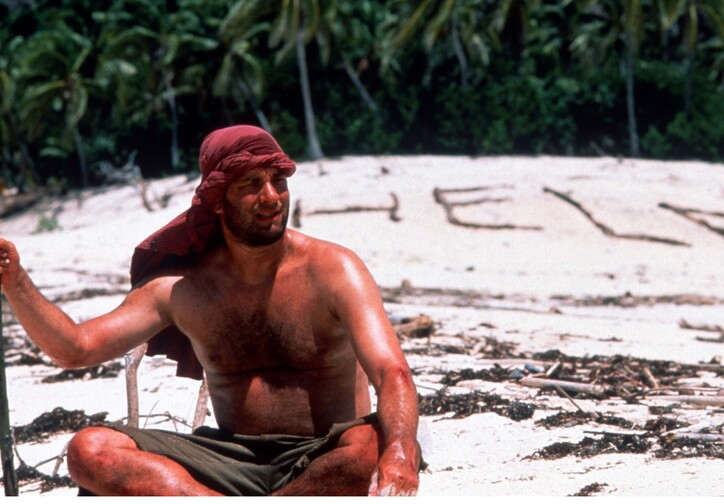 Cast Away. 2000. USA. Directed by Robert Zemeckis. Courtesy of Photofest