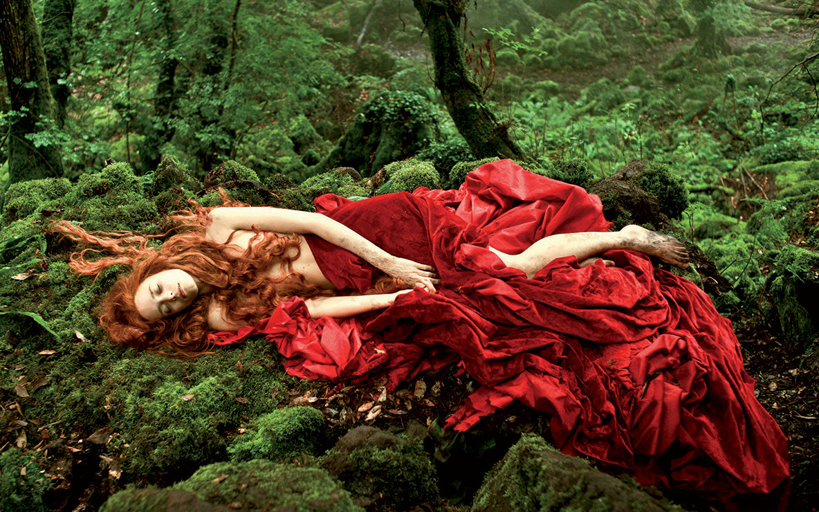 Il Racconto dei Racconti (Tale of Tales). 2015. Italy. Directed by Matteo Garrone. With Salma Hayek, Vincent Cassel, Toby Jones. Courtesy RAI