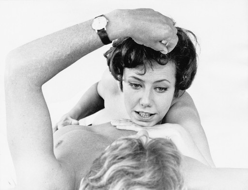 Kopfstand, Madam! (Headstand, Madam!). 1966–67. West Germany. Directed by Christian Rischert. Courtesy of Deutsche Kinemathek. © DuMont Filmproduktion and Christian Rischert