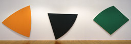 Ellsworth Kelly. Three Panels: Orange, Dark Gray, Green. 1986. Oil on canvas, three panels; overall 9′ 8″ × 34′ 4 1/2″ (294.6 × 1047.7 cm). Gift of Douglas S. Cramer Foundation. © 2016 Ellsworth Kelly. Photo: John Wronn