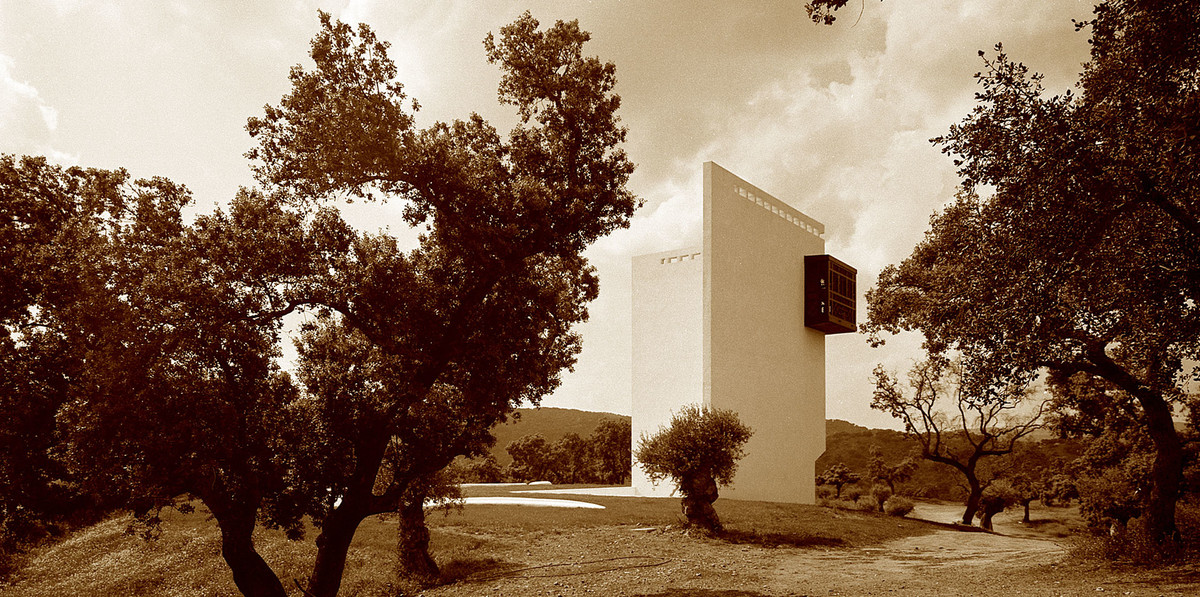 Emilio Ambasz. House of Spiritual Retreat, outside Seville, Spain. 2004. Photo © 2005 Michele Alassio