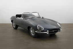 Sir William Lyons, Malcolm Sayer, William M. Heynes. E-Type Roadster. 1963. Steel unibody construction, 48 × 66 × 176″ (121.9 × 167.6 × 447 cm). Manufacturer: Jaguar Cars Ltd., England. Gift of Jaguar Cars. Photo: Jonathan Muzikar. © 1997 The Museum of Modern Art, New York