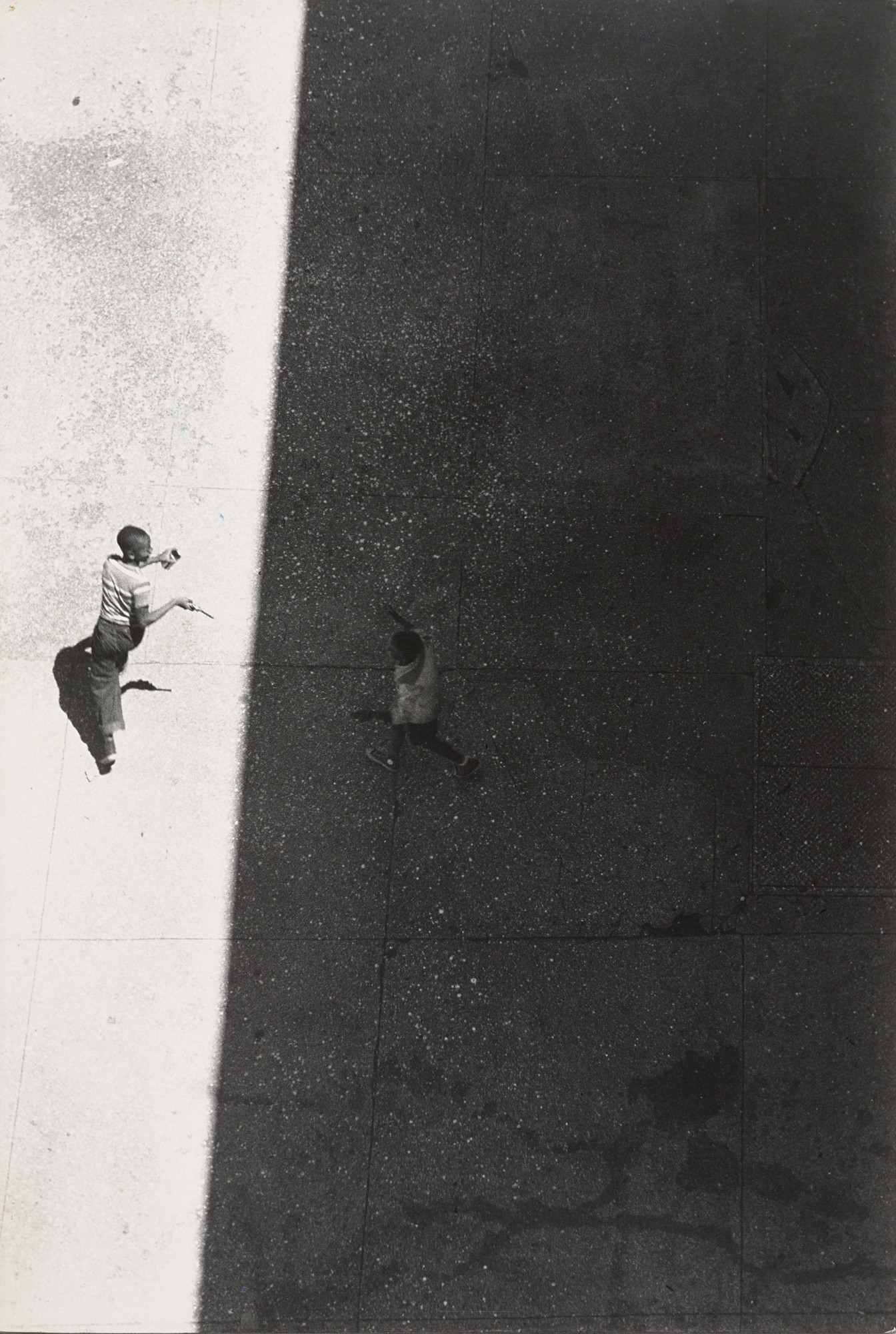 Roy DeCarava. Sun and Shade. 1952. Gelatin silver print, 13 9⁄16 × 9 3/16″ (34.4 × 23.3 cm). Gift of the photographer. © Estate of Roy De Carava