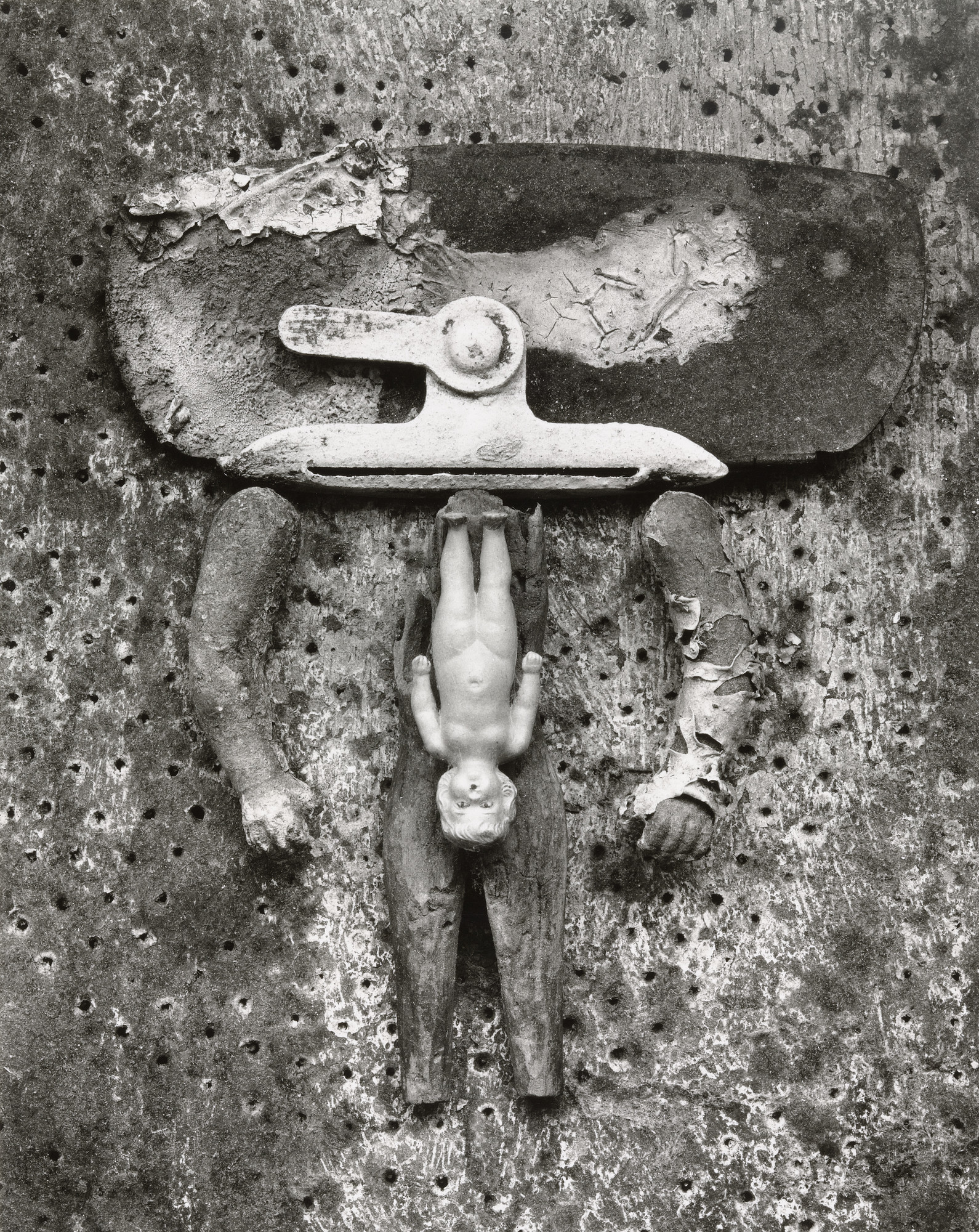 Frederick Sommer. Valise d'Adam. 1949. Gelatin silver print, 9 3⁄8 × 7 3/8ʺ (23.6 × 18.8 cm). Gift of the photographer