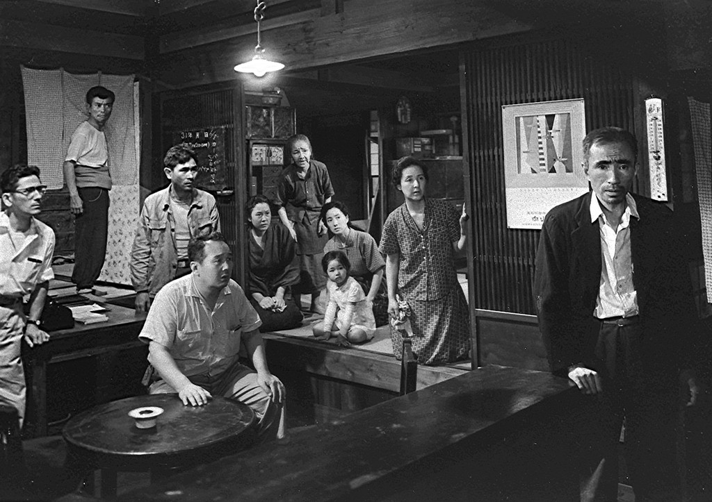 *Dotanba (The Eleventh Hour).* 1957. Japan. Directed by Tomu Uchida. © Toei Company, Ltd.