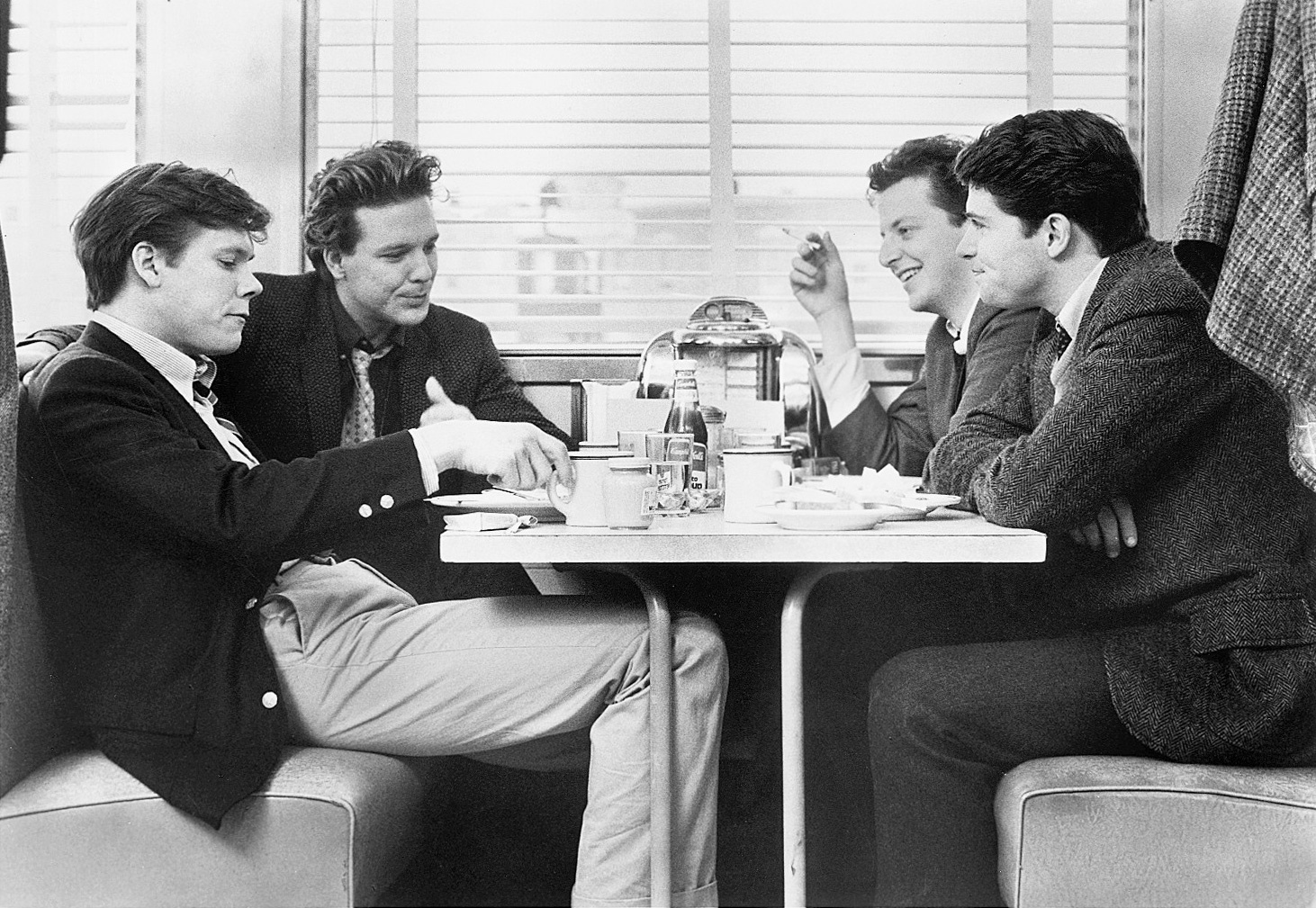 Diner. 1982. USA. Written and directed by Barry Levinson