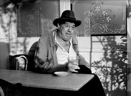 La poison (Poison). 1951. France. Written and directed by Sacha Guitry