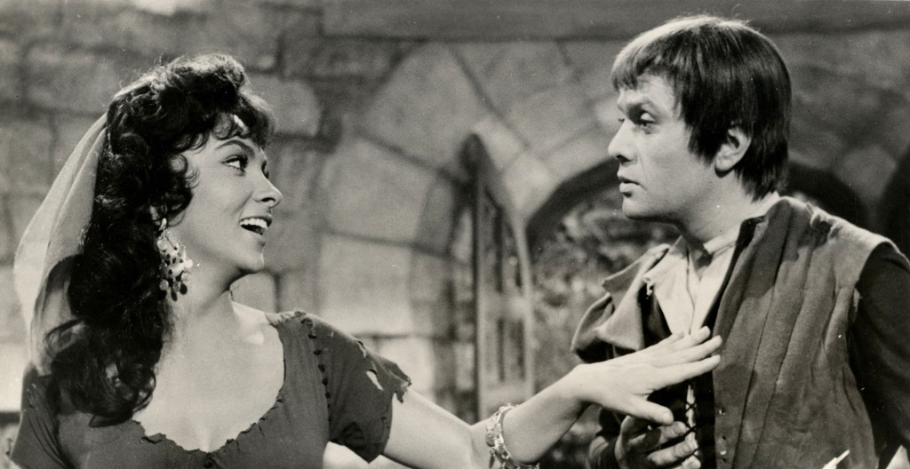 *The Hunchback of Notre Dame*. 1956. France/Italy. Directed by Jean Delannoy