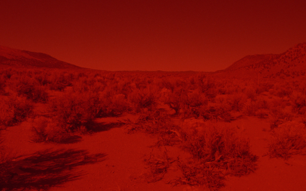 *025 Sunset Red*. 2016. Directed by Laida Lertxundi