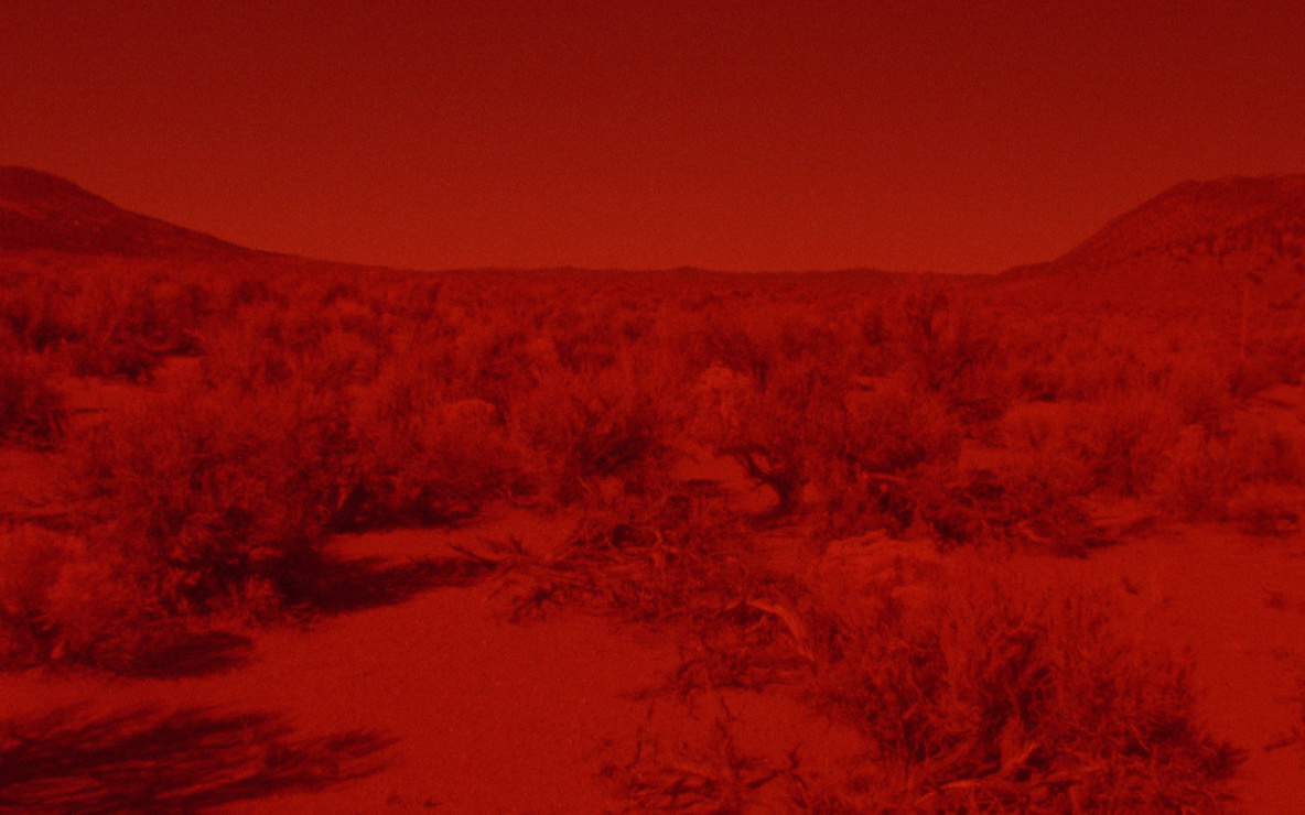 *025 Sunset Red*. 2016. Directed by Laida Lertuxundi