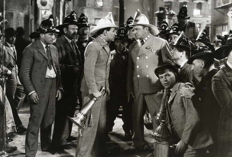 The Bowery. 1933. USA. Directed by Raoul Walsh