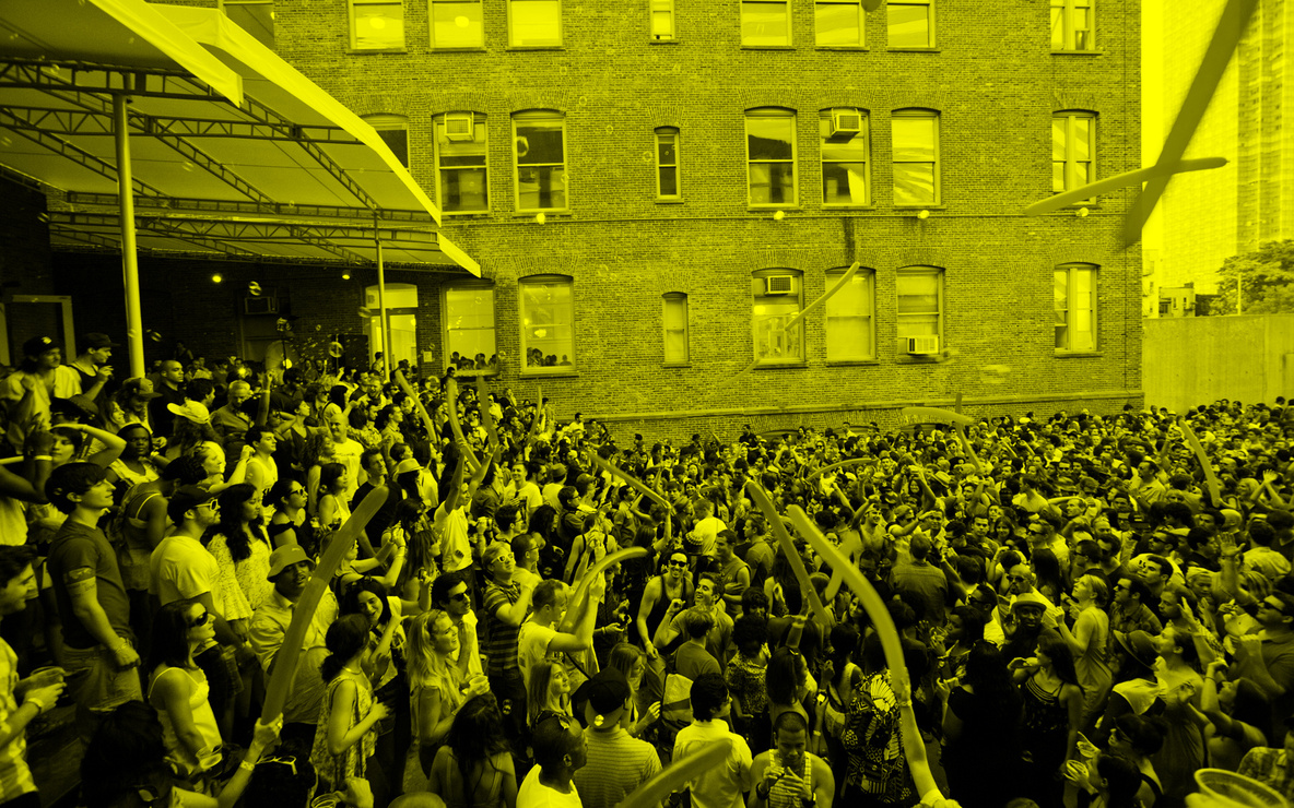 Audience at MoMA PS1's Warm Up 2011. Image courtesy of MoMA PS1. Photo by Elk Studios.