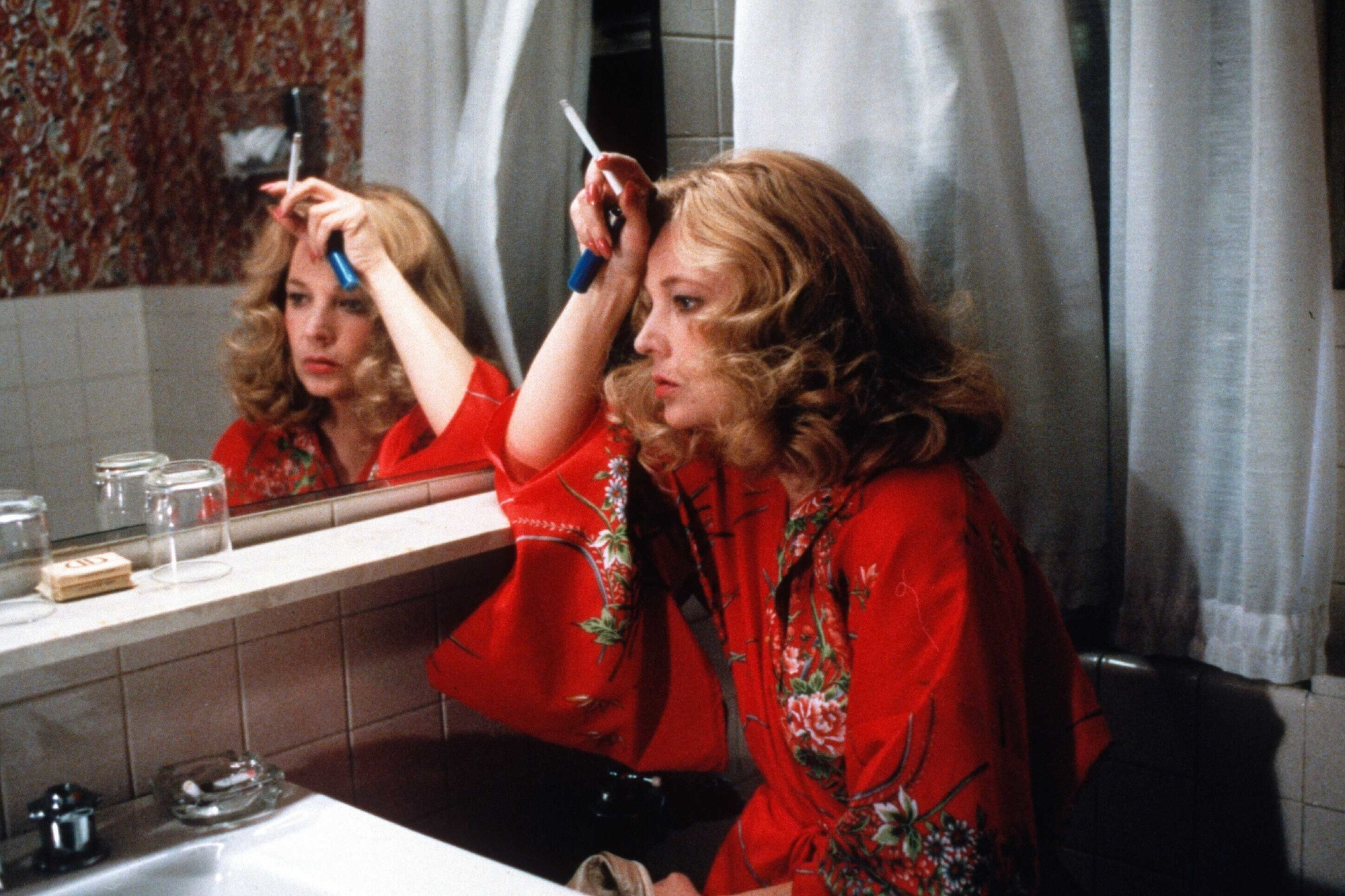 Gloria. 1980. USA. Written and directed by John Cassavetes. Courtesy of Columbia Pictures/Photofest. © Columbia Pictures
