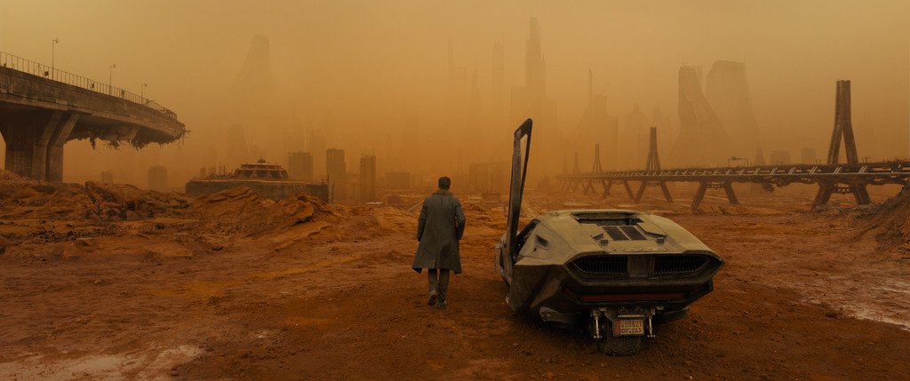 *Blade Runner 2049*. 2017. USA/Great Britain/Canada. Directed by Denis Villeneuve. Courtesy of Warner Bros.