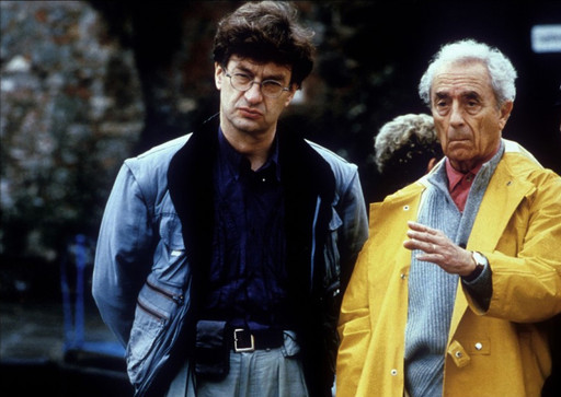 Fare un film per me è vivere (To Make a Film Is to Be Alive). 1995. France/Italy. Directed by Enrica Antonioni. Michelangelo Antonioni and Wim Wenders on the set of Beyond the Clouds