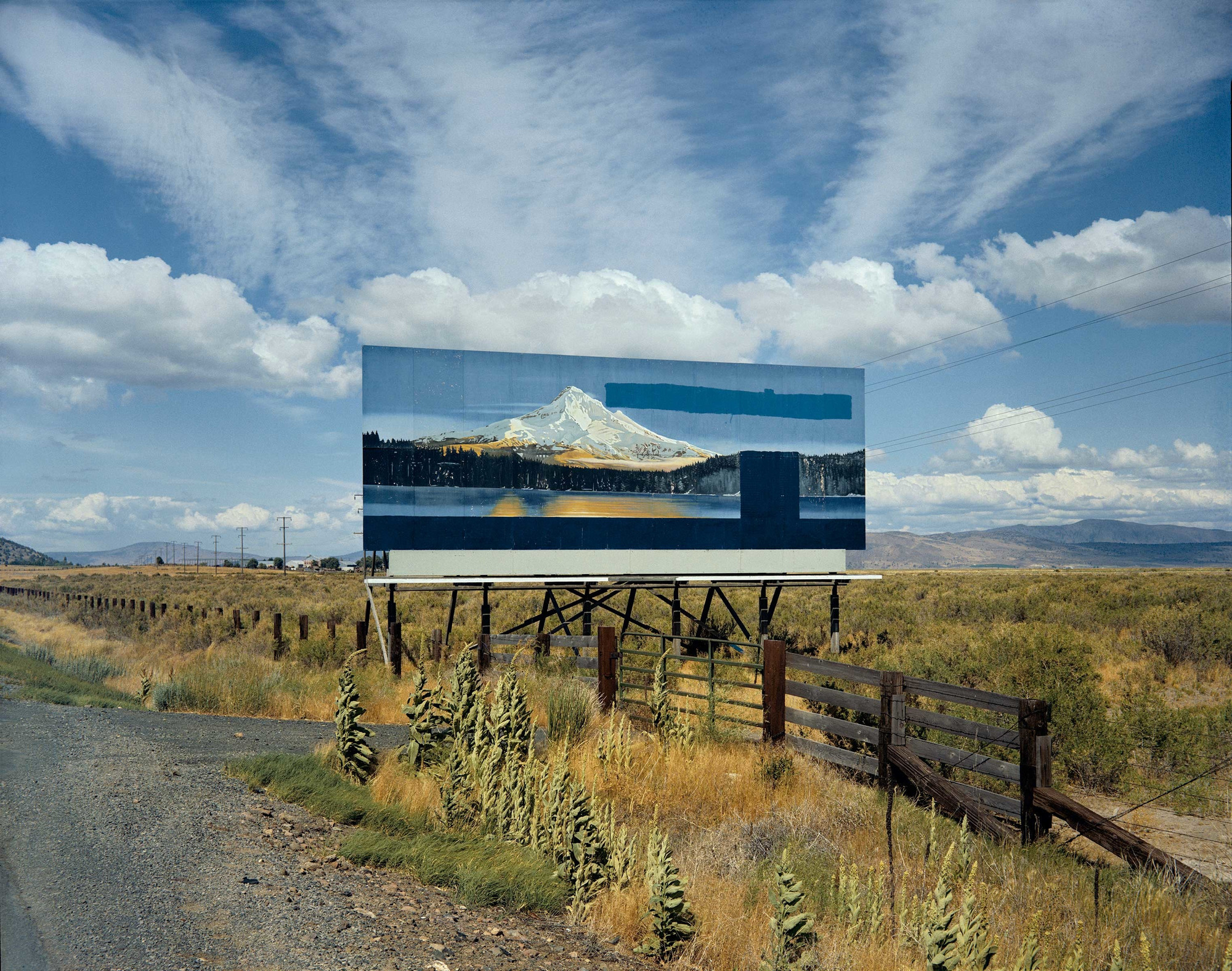 Stephen Shore. U.S. 97, South of Klamath Falls, Oregon, July 21, 1973. 1973. Chromogenic color print, printed 2002, 17 3/4 x 21 15/16″ (45.1 x 55.7 cm). The Museum of Modern Art, New York. The Photography Council Fund. © 2017 Stephen Shore