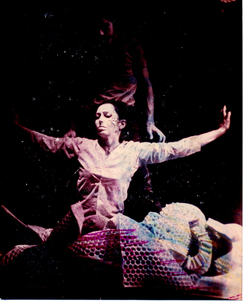 Carolee Schneemann. *Snows*, Martinique Theater, 1967. © 2018 Carolee Schneemann. Courtesy of the artist, P.P.O.W, New York, and Galerie Lelong & Co., New York. Photo: Herbert Migdoll