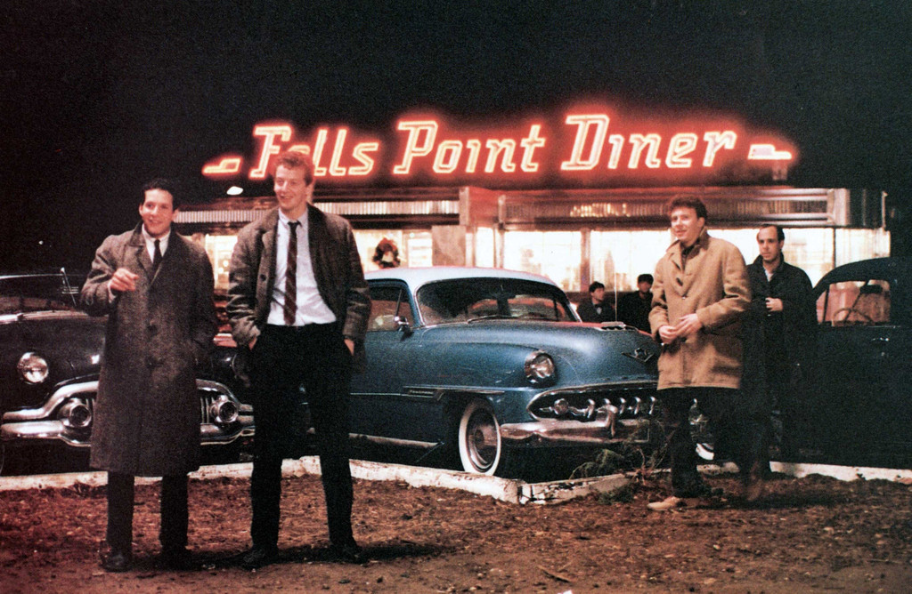 *Diner*. 1982. USA. Written and directed by Barry Levinson. Courtesy of MGM/Photofest. © MGM