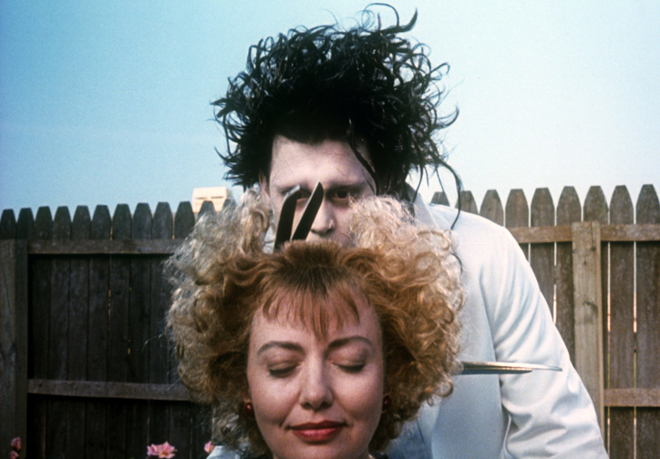 Edward Scissorhands. 1990 USA. Directed by Tim Burton. Courtesy of Twentieth Century Fox/Photofest