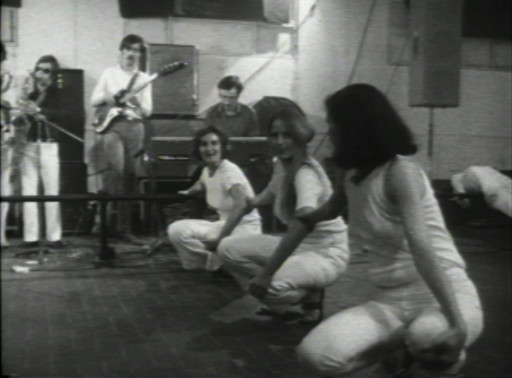 Still from Deborah Hay. ten (1968), performed at Galleria L'Attico, Festival Di Danza Volo Musica Dinamite, 1969. Film by Francesco degli Espinosa. 16mm film transferred to video (black and white, sound). Courtesy of Trisha Brown Archive
