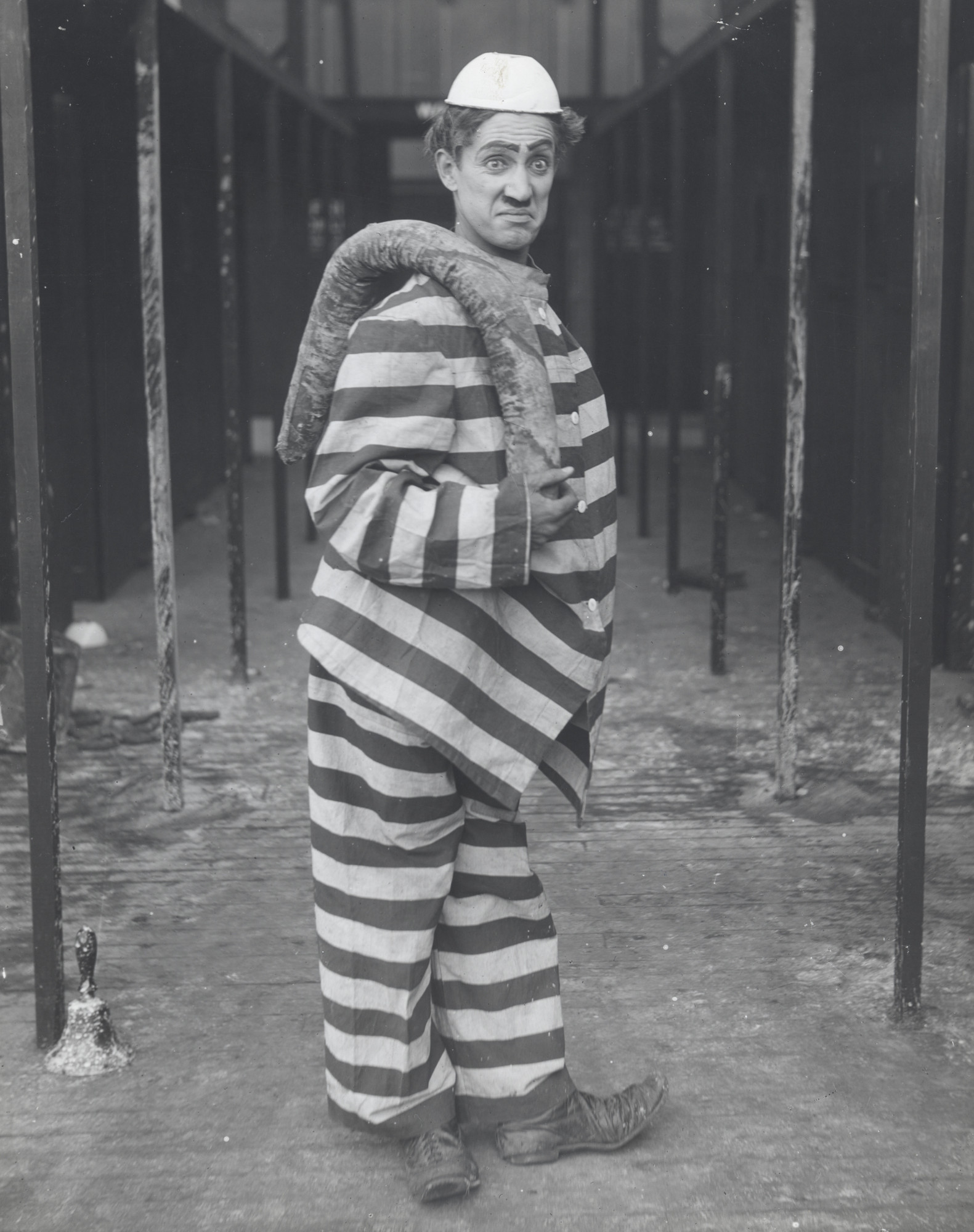 "Fred Karno's Army: ""Comic Billie Ritchie in the 1916 L-Ko Comedy Scars and Stripes Forever"""