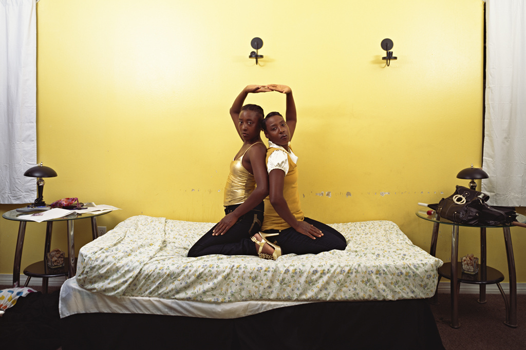 "Deana Lawson. Roxie and Raquel. 2010. Pigmented inkjet print, 30 15/16 x 38 9/16"" (78.6 x 97.9 cm). The Museum of Modern Art, New York. Fund for the Twenty-First Century. © 2011 Deana Lawson"