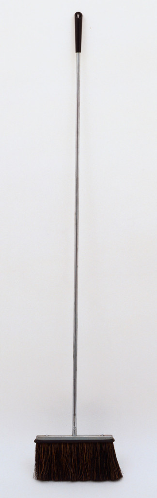 Stanley Home Products, Easthampton, MA. Broom. 1955. Steel and plastic. Gift of the manufacturer