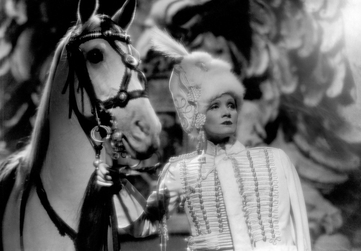 The Scarlet Empress. 1934. USA. Directed by Josef von Sternberg. Photo courtesy of Photofest