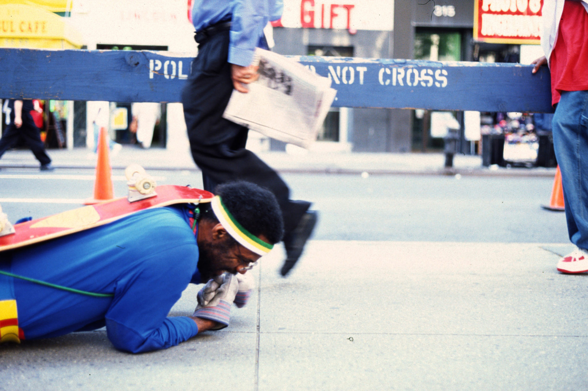 Pope.L. The Great White Way, 22 miles, 9 years, 1 street. 2000–09. Performance. © Pope.L. Courtesy of the artist and Mitchell – Innes & Nash, New York