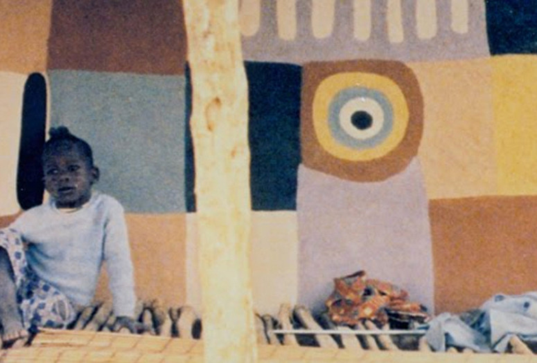 Naked Spaces: Living Is Round. 1985. Mauritania/Mali/Burkino Faso/Togo/Benin/ Senegal. Directed by Trinh T. Minh-Ha.