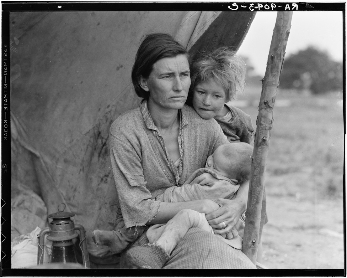 "Dorothea Lange. ""Nipomo, Calif. Mar. 1936. Migrant agricultural worker's family. Seven hungry children. Mother aged 32, the father is a native Californian. Destitute in pea pickers camp, because of the failure of the early pea crop. These people had just sold their tent in order to buy food. Most of the 2500 people in this camp were destitute."""