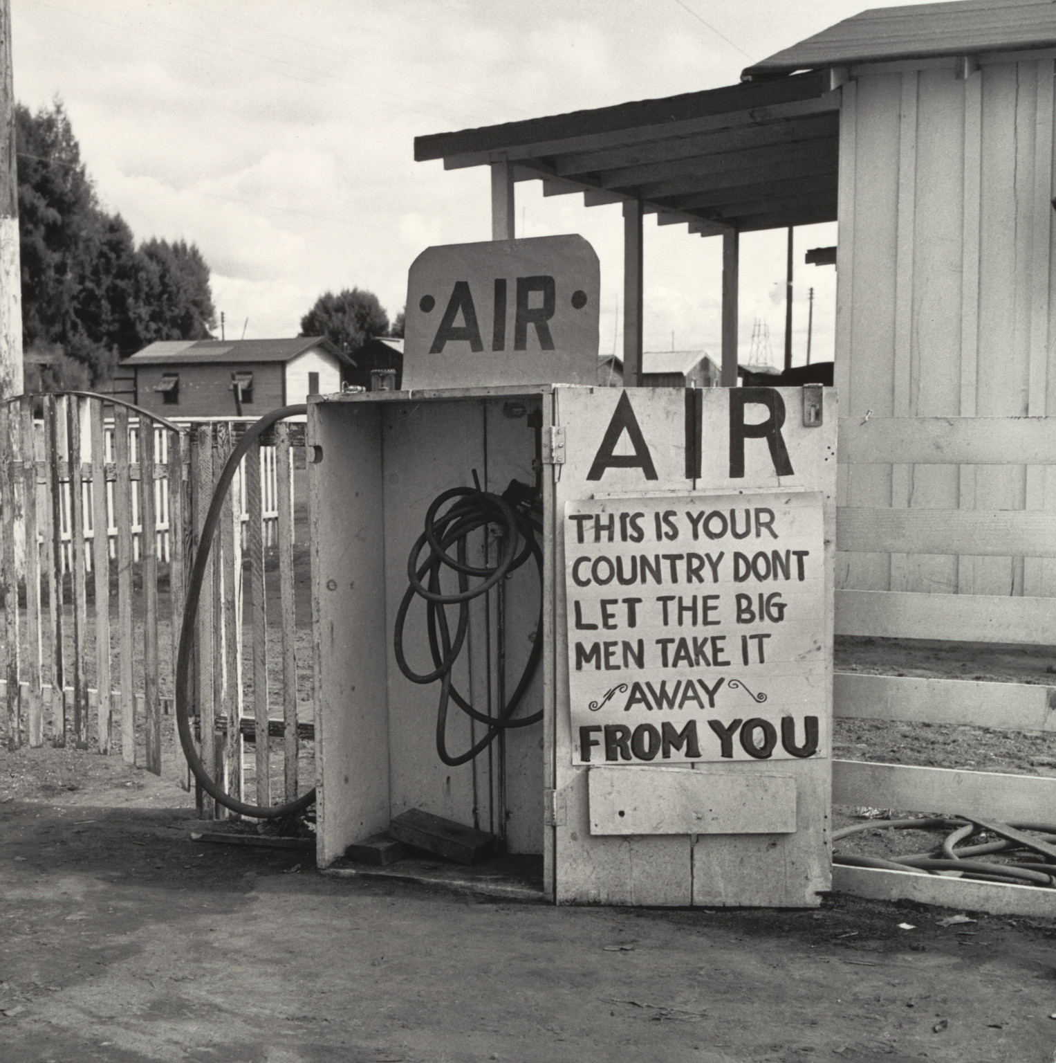 "Dorothea Lange. Kern County, California, November 1938. Gelatin silver print, printed 1965. 12 7⁄16 x 12 1⁄2"" (31.6 x 31.7 cm). Purchase"
