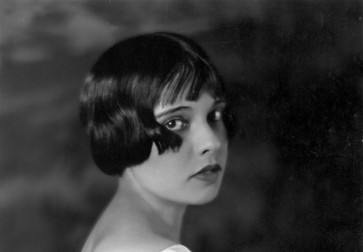 Anita Loos, c. 1920s. Courtesy Everett Collection
