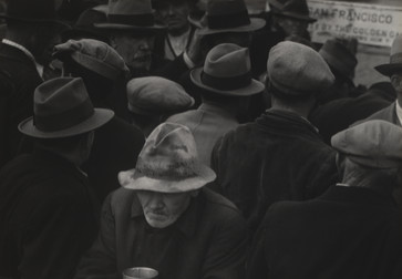Dorothea Lange. White Angel Bread Line, San Francisco. 1933. Gelatin silver print, 10 ¾ x 8 7/8″ (27.3 x 22.6 cm). The Museum of Modern Art, New York. Gift of Albert M. Bender