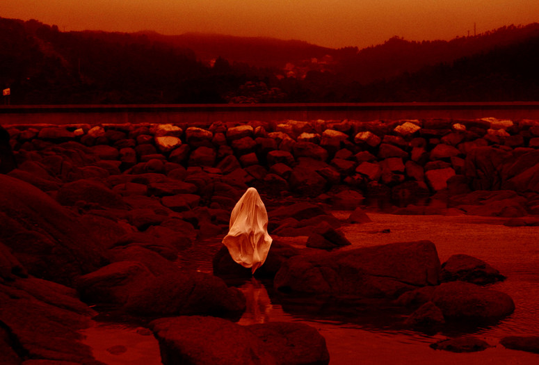 Red Moon Tide. 2020. Spain. Directed by Lois Patiño. Courtesy Lights On