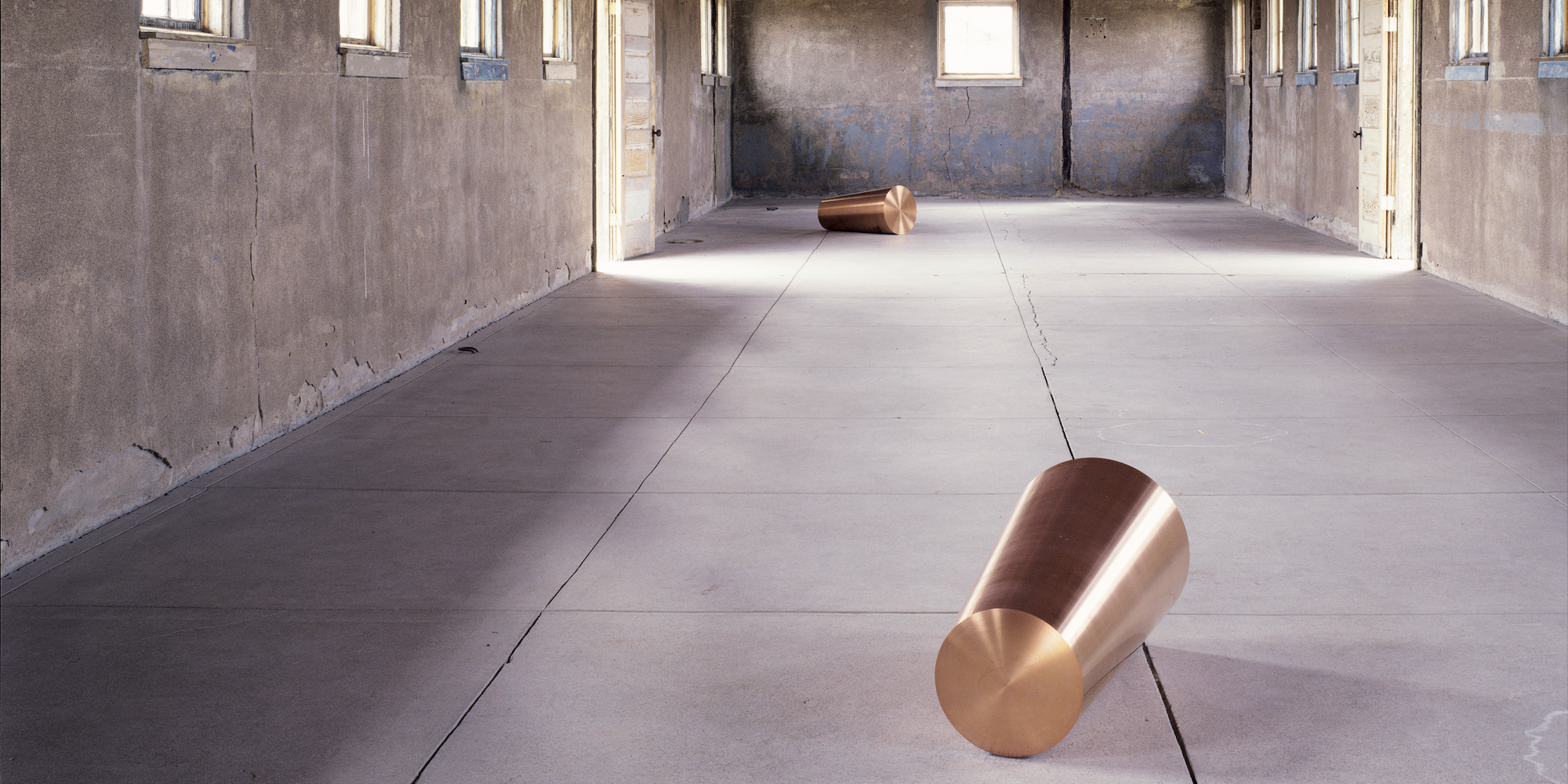 Roni Horn. Things That Happen Again, Pair Object VII (For a Here and a There). 1986–88. On long-term loan from Judd Foundation. The Chinati Foundation, Marfa, Texas. Photo: Florian Holzherr. Courtesy the Chinati Foundation. ©️ 2020 Roni Horn, New York