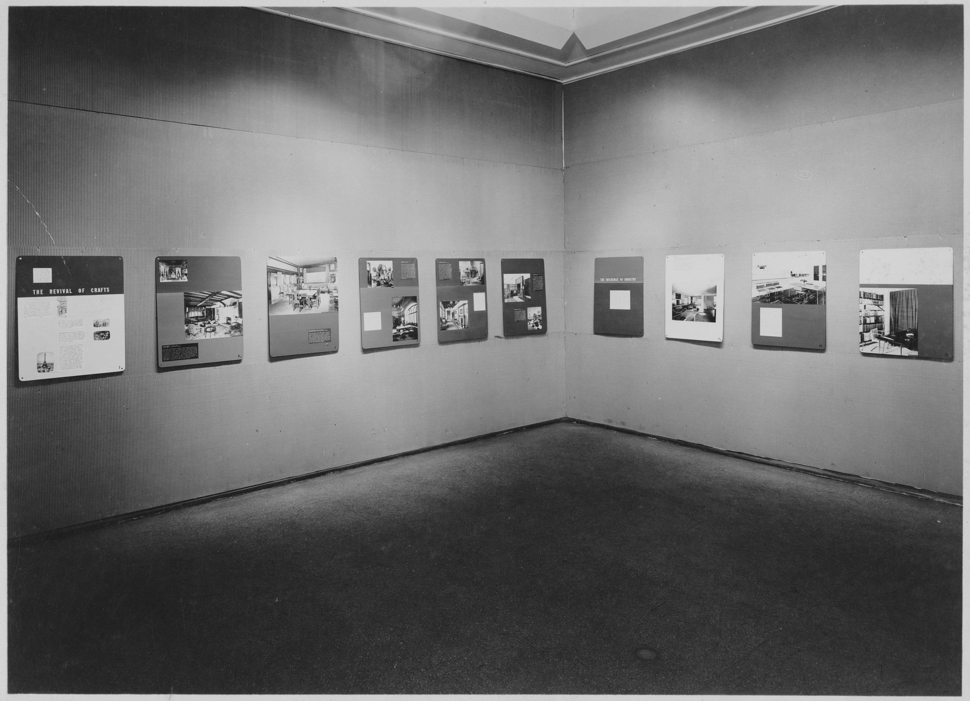 "Installation view of the exhibition, ""Modern Rooms of the Last Fifty Years"" November 26, 1946–January 26, 1947. Photographic Archive. The Museum of Modern Art Archives, New York. IN337.1. Photograph by Soichi Sunami."