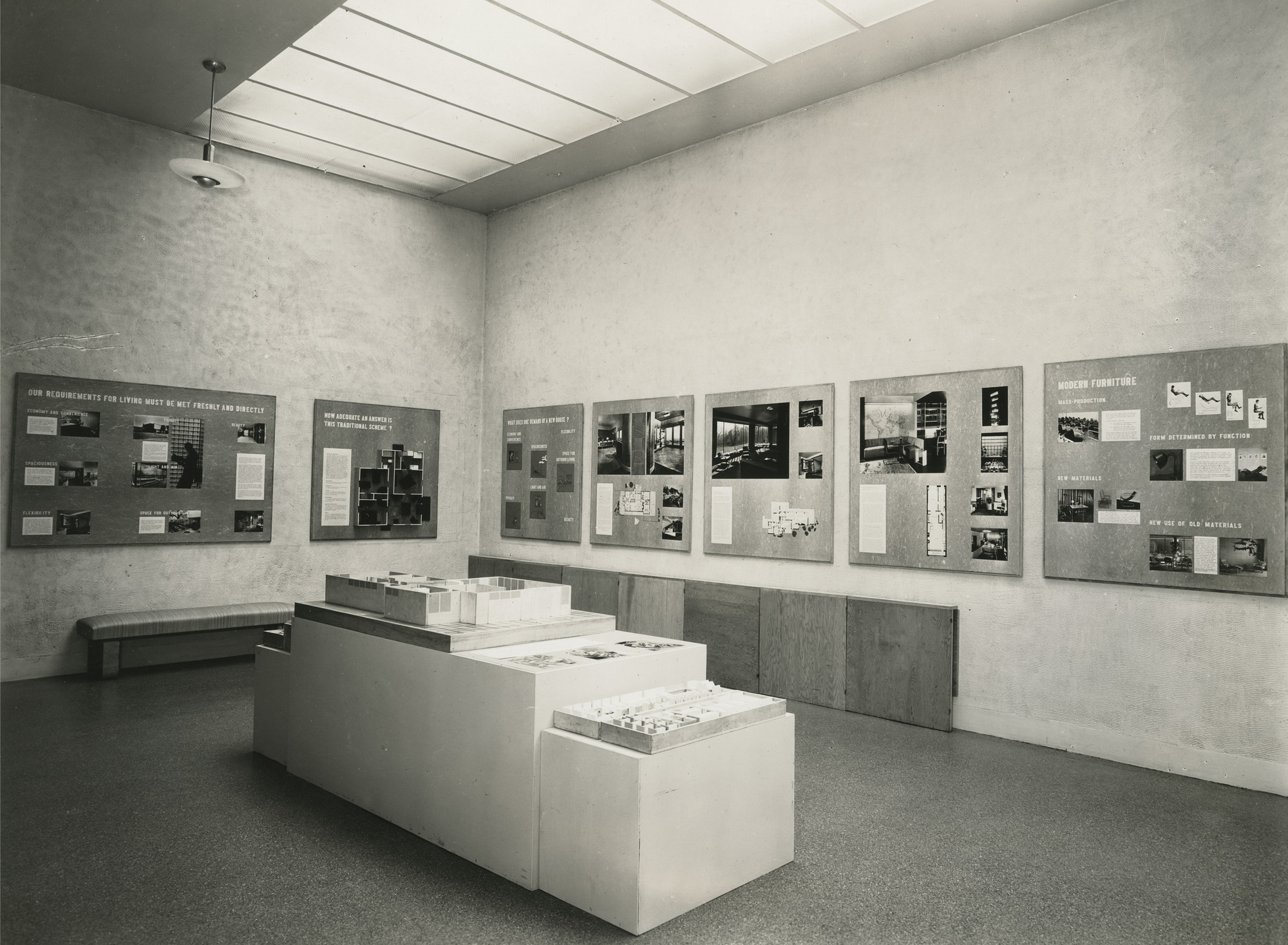 "Installation view of the exhibition, ""Machine Art:  Modern Interiors October 3, 1940–November 2, 1940. Victor D'Amico Papers, VI.12. The Museum of Modern Art Archives, New York. IN109.1. Photograph by Soichi Sunami."