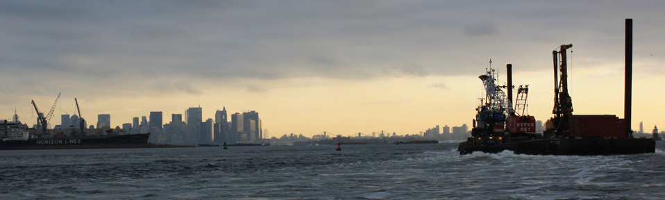 View of Lower Manhattan from Bayonne Piers. Photo by Maria Milans del Bosch for Matthew Baird Architects