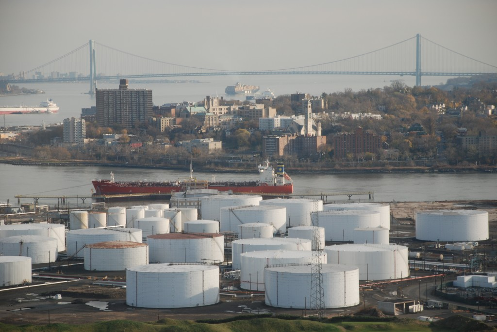 Matthew Baird Architects, Oil Tanks at Bayonne Shoreline