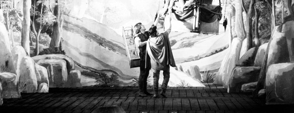Trollflöjten (The Magic Flute). 1975. Sweden. Directed by Ingmar Bergman. Shown from left: Håkan Hagegård, Josef Köstlinger. Photo courtesy Photofest