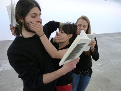 Une Chorégraphie Polyphonique & Une exposition à être lue, Geneva, 2011