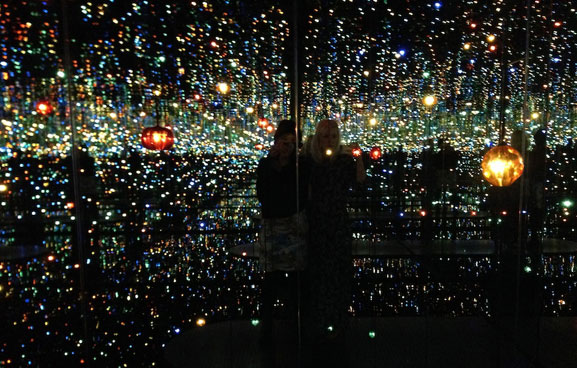 Yayoi Kusama. Infinity Mirrored Room — The Souls of Millions of Light Years Away. David Zwirner Gallery, 2013. Photo by Cindy Yeh