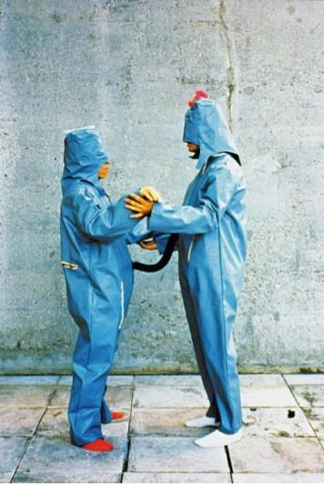 "Lygia Clark. O eu e o tu. 1967. Industrial rubber, foam, vinyl, acrylon, zipper, water, fabric. 66 15/16 x 26 3/4 x 3 1/8"" (170 x 68 x 8 cm). Courtesy of World of Lygia Clark Cultural Association"