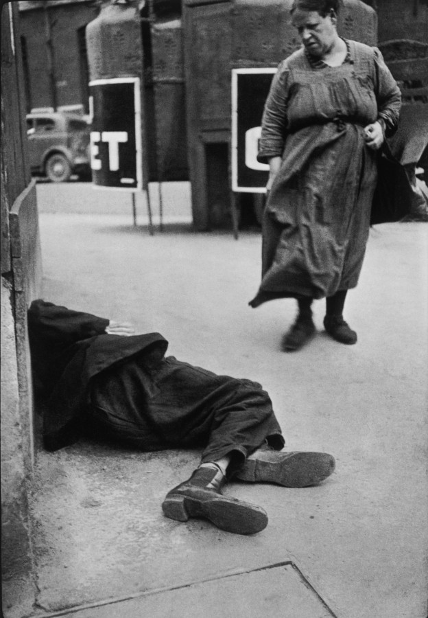 the life of henri cartier bresson the father of modern day street photography