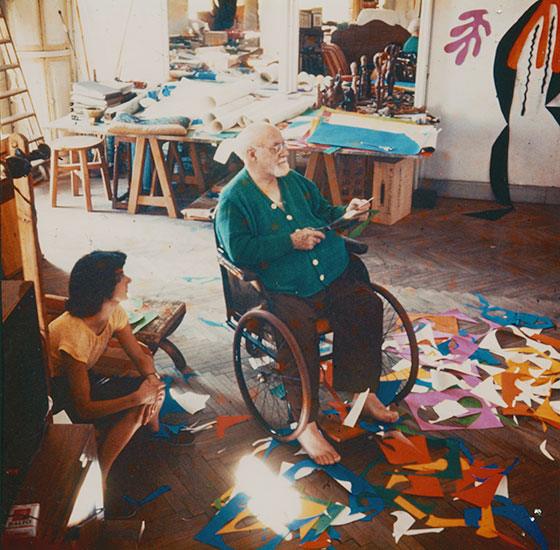 matisse paper cutouts Although the paper cut-out was matisse's major medium in the final decade of his life a story related in her 1992 book henri matisse.