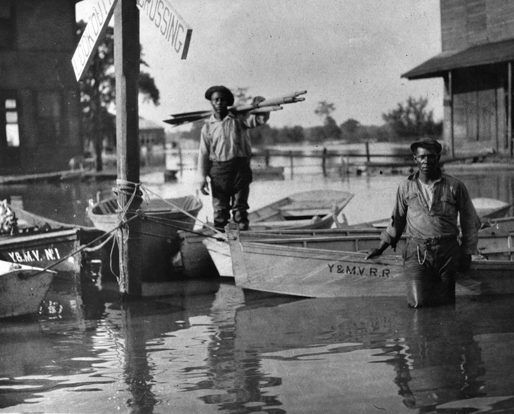 1927 mississippi flood The great mississippi flood of 1927 was the most destructive flood in united states history this flood extended across illinois, indiana, missouri, kentucky, texas, oklahoma, kansas, tennessee, arkansas, mississippi, and louisiana.