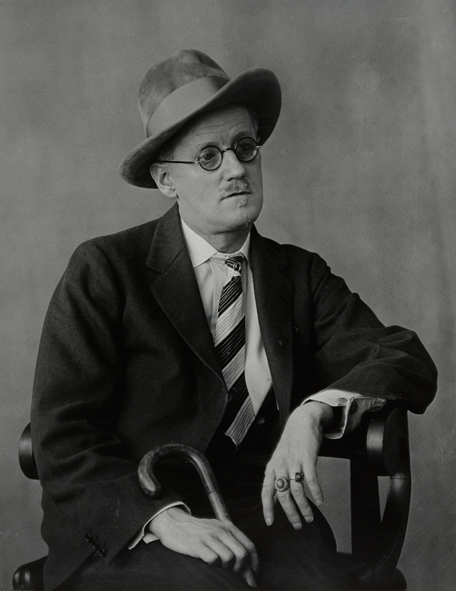 james joyce object photo  related images berenice abbott james joyce